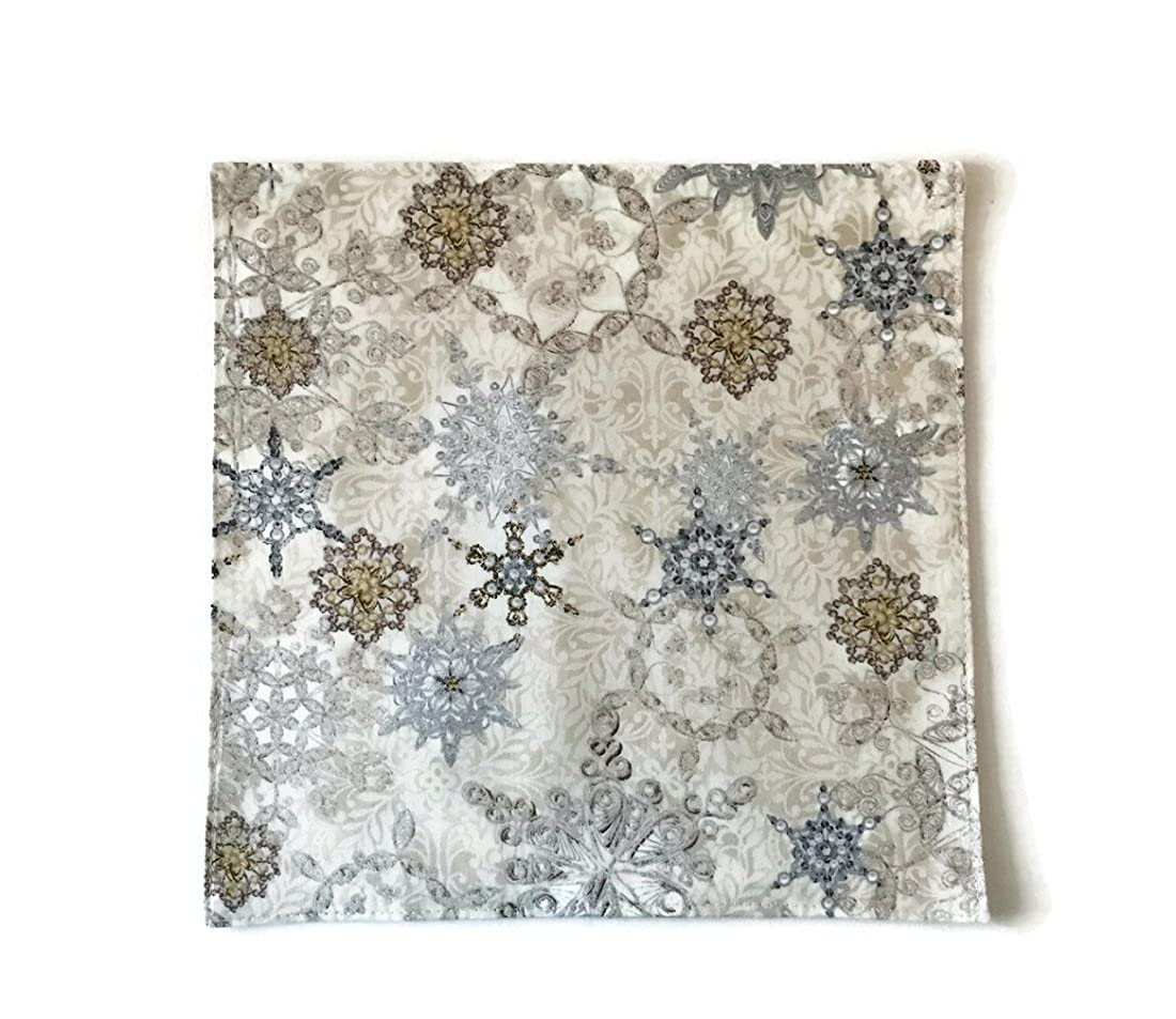 Handkerchief Champagne /& Silver Metallic Snowflakes Pocket Square