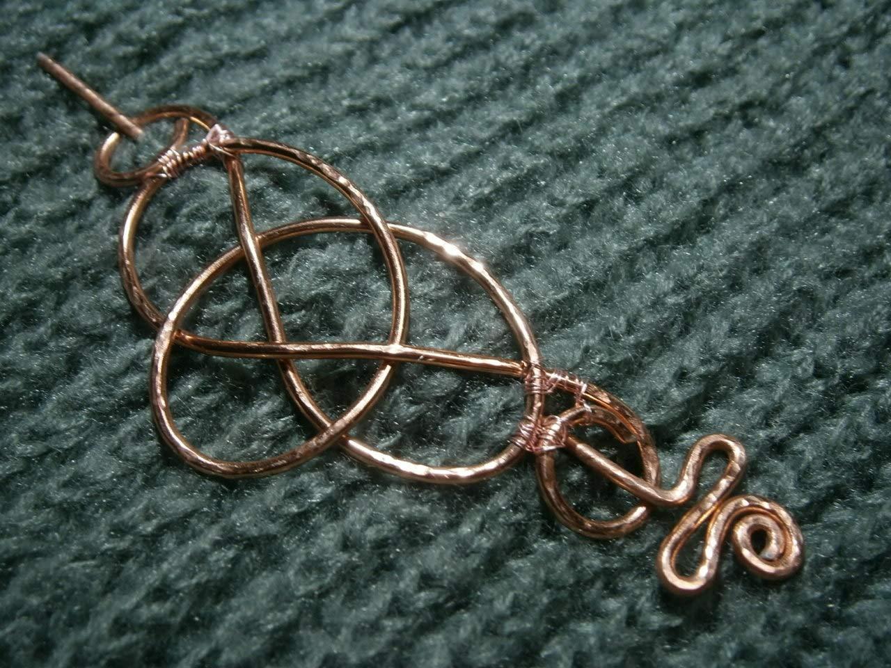 Tuchnadel celtic knot 90 x 40 Millimeter geh/ämmert keltischer Knoten Aluminium in Farbe kupfer rosegold