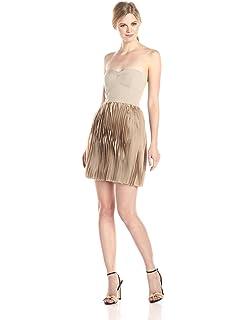 052afea248 Amazon.com  BCBGMAXAZRIA Women s One-Shoulder Cocktail Dress  Clothing