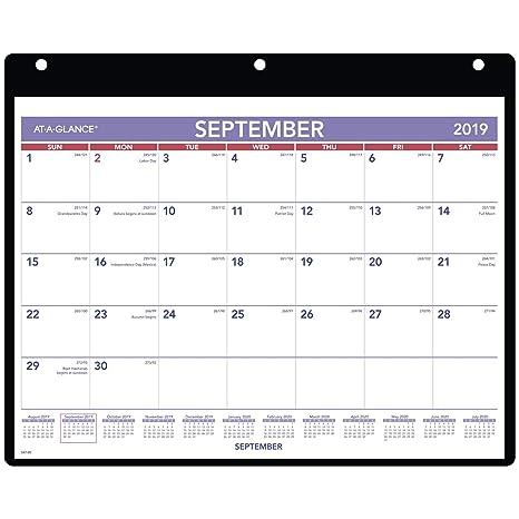 Amazon.com: AT-A-GLANCE 2019-2020 - Calendario de escritorio ...