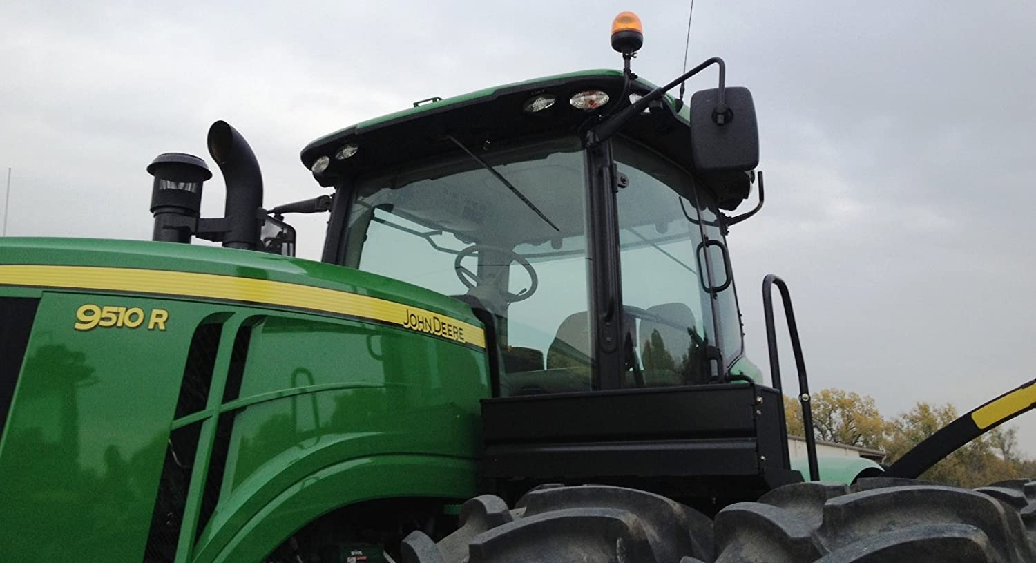 Challenger and Versatile....... Replacement 9 x 16 tractor mirror for lines such as John Deere New Holland Massery Ferguson Case IH Agco