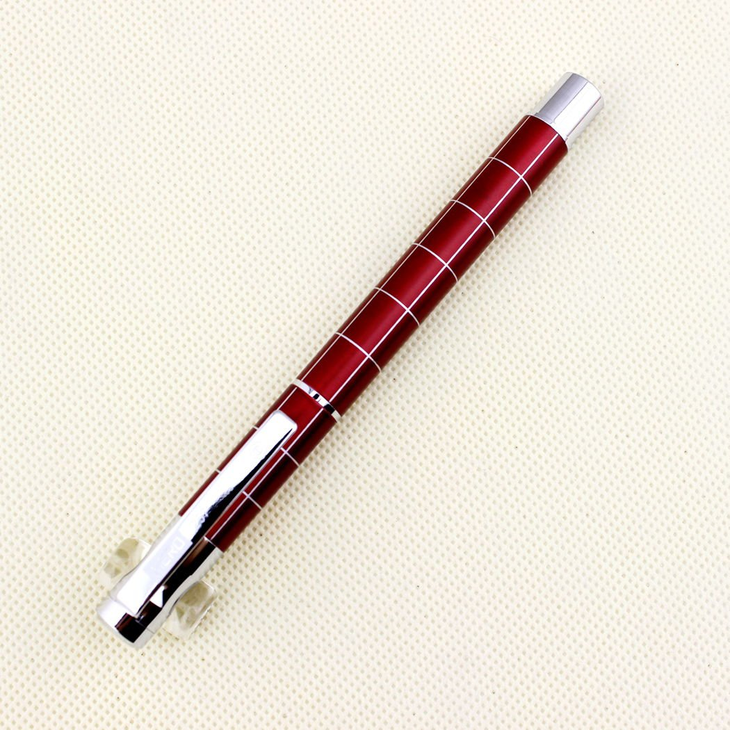 Avanzata Hero stilografica 257 rosso con linea argento sbalzato