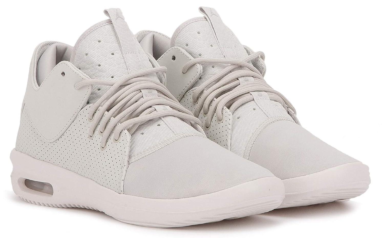 best service f5870 31f5f Amazon.com   Nike AIR Jordan First Class Mens Fashion-Sneakers  AJ7312-015 7.5 - Light Bone Light Bone-Summit White   Basketball