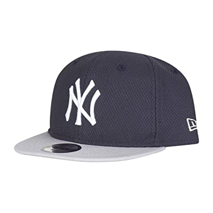 New Era 9Fifty Snapback Baby Infant Cap - DIAMOND NY Yankees  Amazon ... c8657e2ba2b