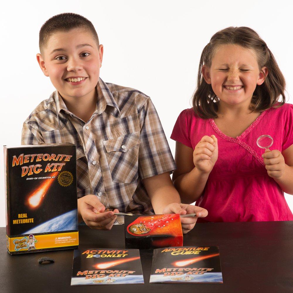 Discover with Dr. Cool Kit de excavación de meteoiritos - Encuentra meteoritos y tectitos Reales!: Amazon.es: Juguetes y juegos