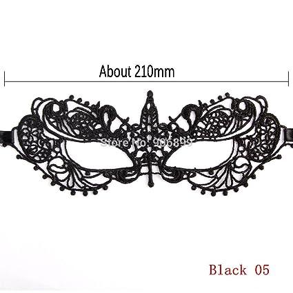 El cordón floral negro de la máscara/animal para la señora