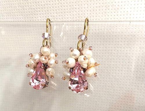 diseño de calidad d35ef b4494 Aretes lágrima Cristal Swarovski y perlas de río: Amazon.com ...