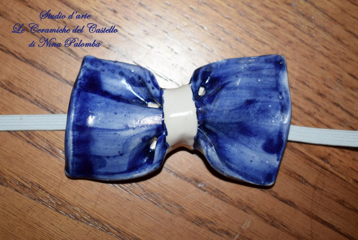 Bow Tie One colour Line Bleu Unique Manufact Handmade Le Ceramiche del Castello Made in Italy Dimensions 10 x 5 CM.