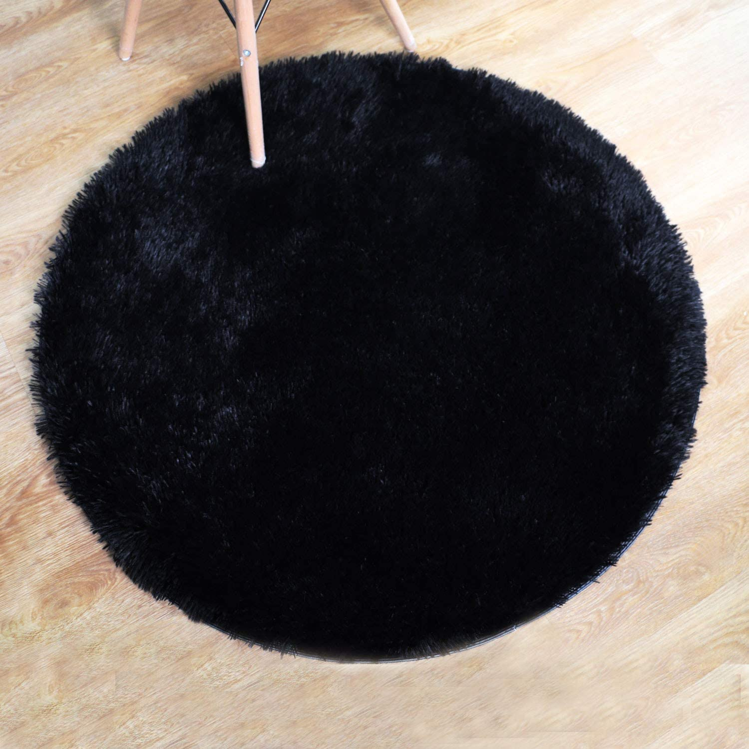 Amazon Com Pagisofe Super Soft Black Fluffy Area Rug Round Rugs For Bedroom Kids Room Decor Small Cute Circle Floor Carpets For Living Room Fur Mat 3 4 Feet Black Home Kitchen