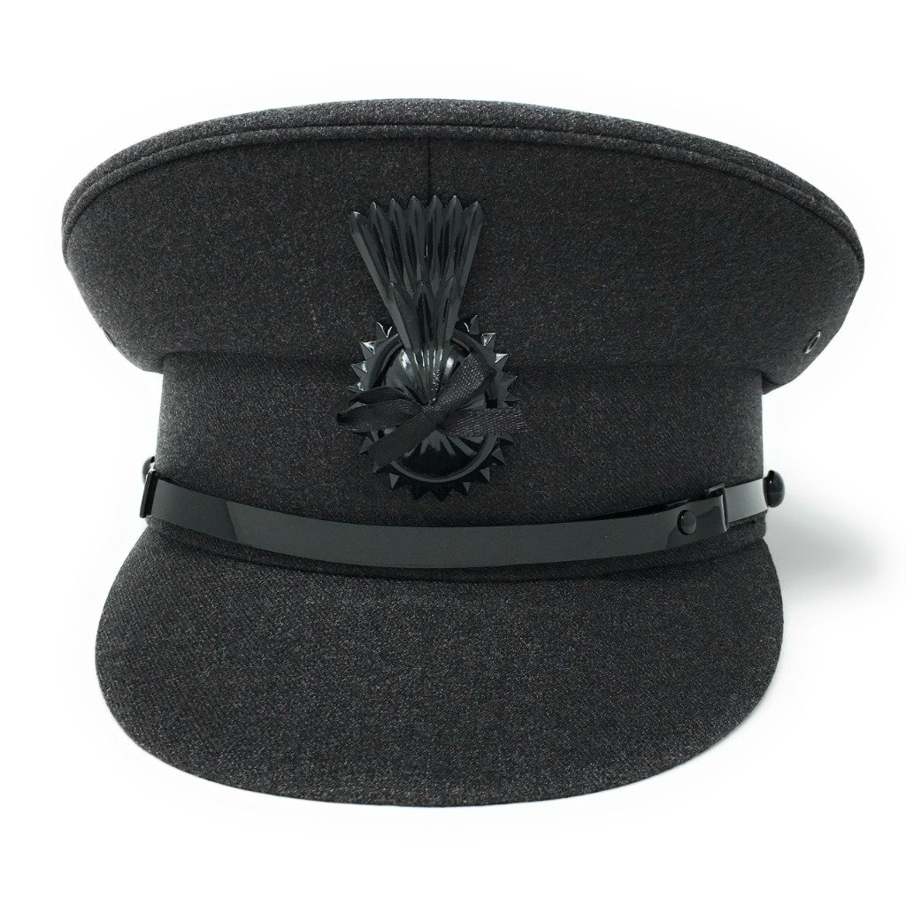 Amazon.com  Cotswold Country Hats Chauffeur Hat Cap for Men Women Unisex.  Quality Driving Cap. Lined. Sturdy. Black or Grey  Clothing 78664fea6715