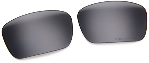 8b113aa7965 Amazon.com  Oakley Fuel Cell 16-957 Replacement Lens - Gray Polarized   Clothing