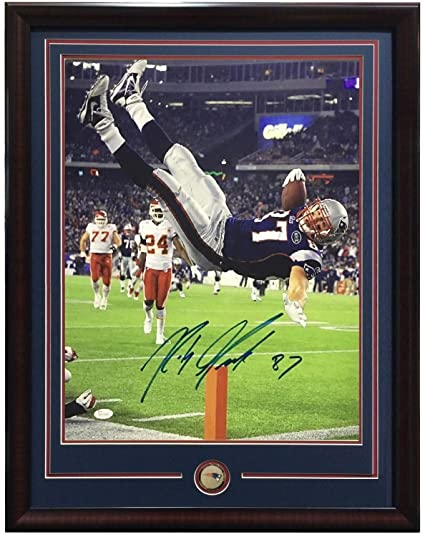 c12daff77da Rob Gronkowski Autographed Signed 16x20 Td Photo Framed Patriots Coin  Autograph Ins 87 - JSA Authentic