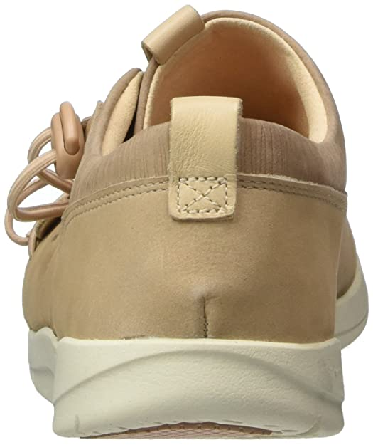 Clarks Women's Tri Camilla Low Top Sneakers, Beige (Sand