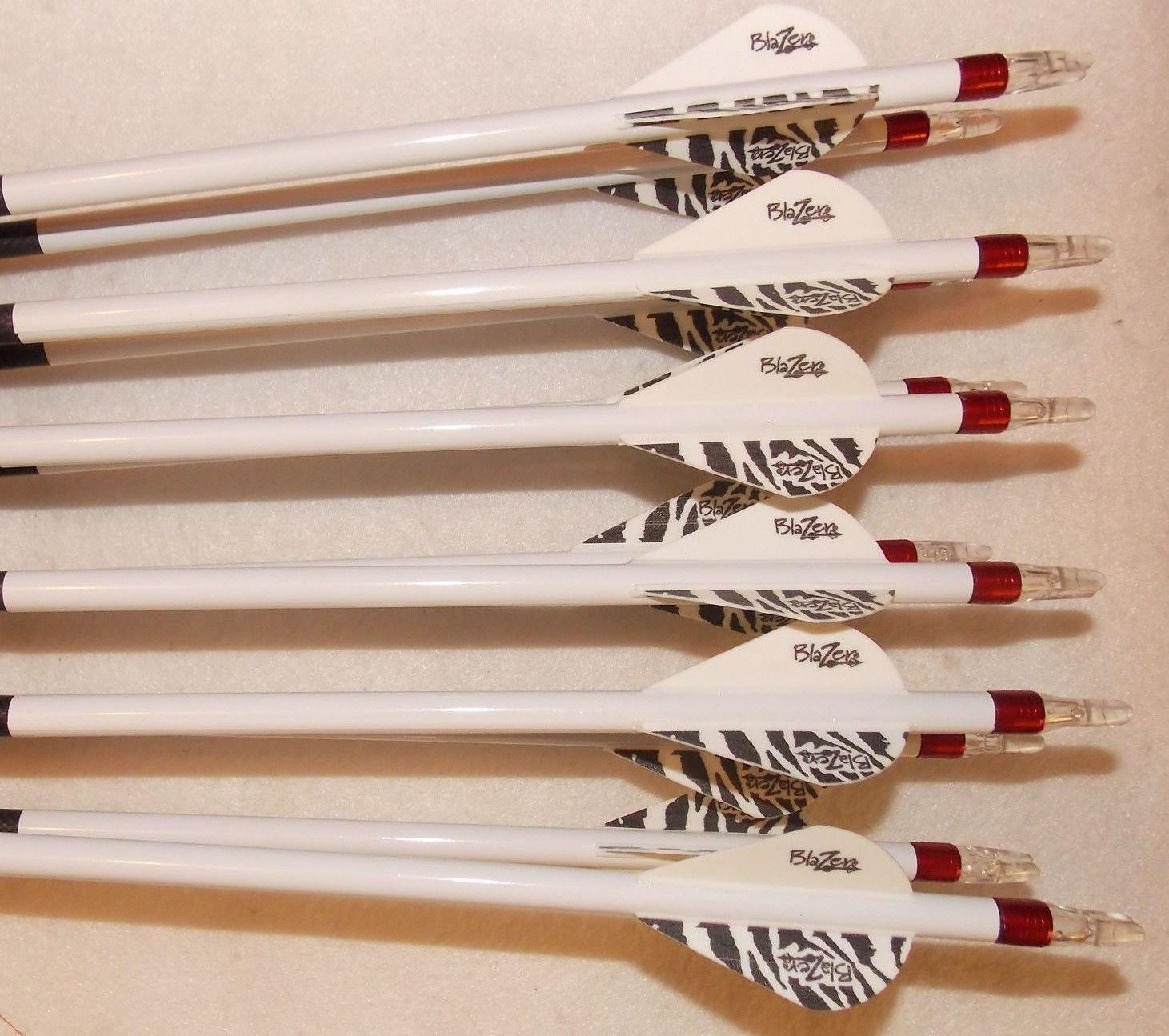Carbon Express Maxima BLU RZ 350 Carbom Arrows w/Blazer Vanes Bullseye Wraps 1 Dz.