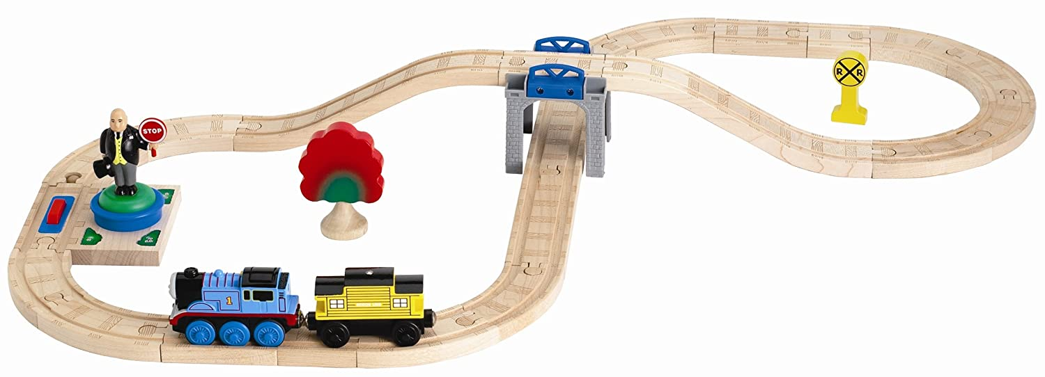 Amazoncom Thomas And Friends Wooden Railway Battery Powered Sir