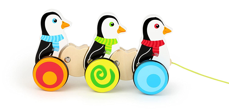 Les Figures Se dandinent Mieux Lorsque lon Tire sur la Ficelle 10637 Les Roues caoutchout/ées Permettent Un Glissement Silencieux Small Foot- Animaux /à Tirer en Bois repr/ésentant 3 Pingouins