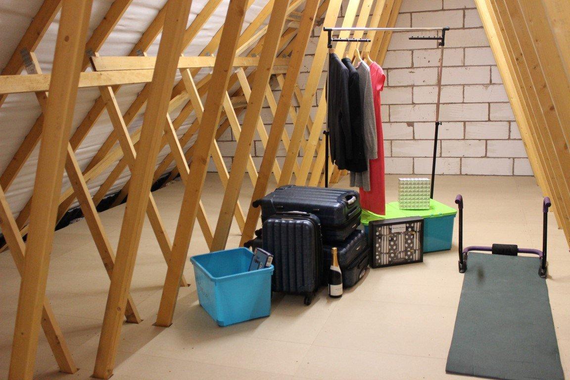 13m2 kit, including boards and ladder Loft Ladder and Loft Storage//Boarding kit