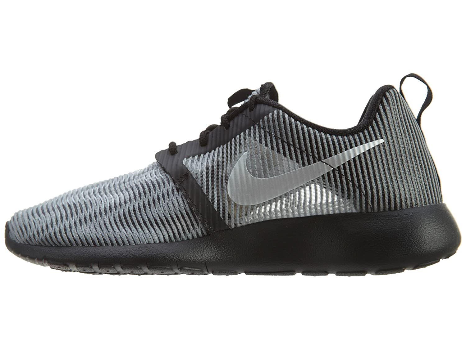 NIKE Roshe One Flight Weight (GS) Youth Sneaker B01HVOPLOW 6.5 Y|Matte Silver/Metallic Silver-black-white