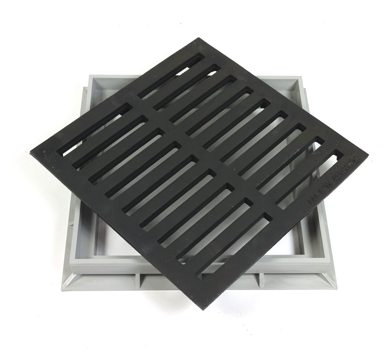 Marley Einlaufrost Gu/ßrost Rost mit Rahmen 30x30cm befahrbar f/ür Einlaufschacht Gulli
