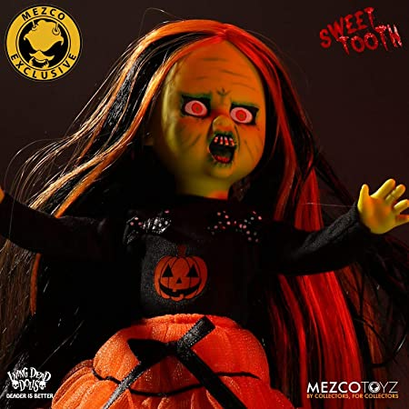 Living Dead Dolls 99361 Sweet Tooth B/&W Halloween Noir