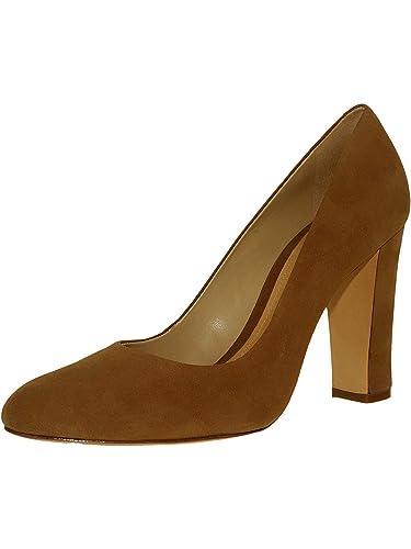 61ff822ae006 Amazon.com  SCHUTZ Women s Mariony Suede Pumps  Schutz  Shoes