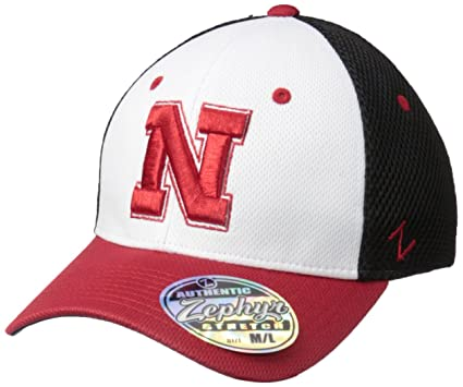 separation shoes c5883 aa3fa Amazon.com   Zephyr NCAA Nebraska Cornhuskers Men s Kickoff Cap,  Medium Large, Multicolor   Sports   Outdoors