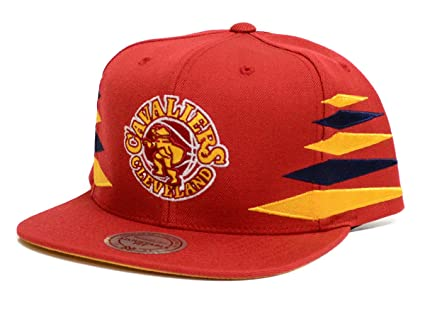 brand new 97bb4 34b70 Image Unavailable. Image not available for. Color  Mitchell   Ness  Cleveland Cavaliers Diamond Red Snapback Hat