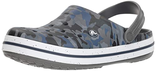 fe60663ec2eda crocs Men s Crocband Camo Graphic Iii Clog  Buy Online at Low Prices ...