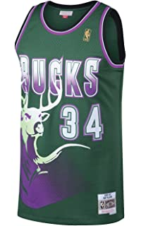 check out abec3 af9d1 Amazon.com : Mitchell & Ness Mike Bibby Vancouver Grizzlies ...