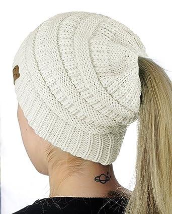 c4c43534014 Carolilly Bonnet Hiver Femme en Tricot avec Trou pour Queue de Cheval  Beanie Hat Multicolore (
