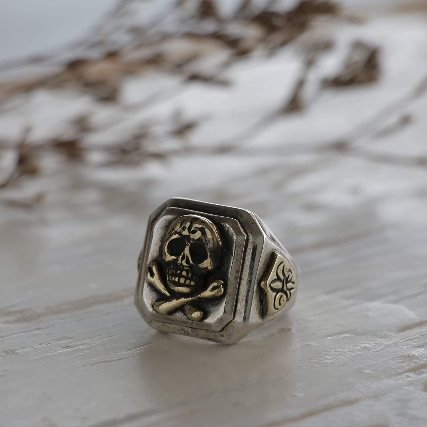 Handmade Mexican Sterling Silver Vintage Style Pirate Skull and Crossbones Caribbean Ring - DeluxeAdultCostumes.com
