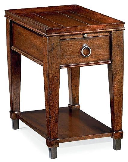 Amazon Com Hammary Chair Side Table In Mahogany Finish Kitchen