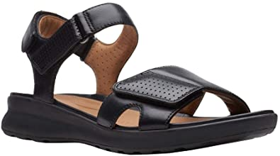 ebf4995a4994 Image Unavailable. Image not available for. Color  CLARKS Womens Un Adorn  Calm Sandal