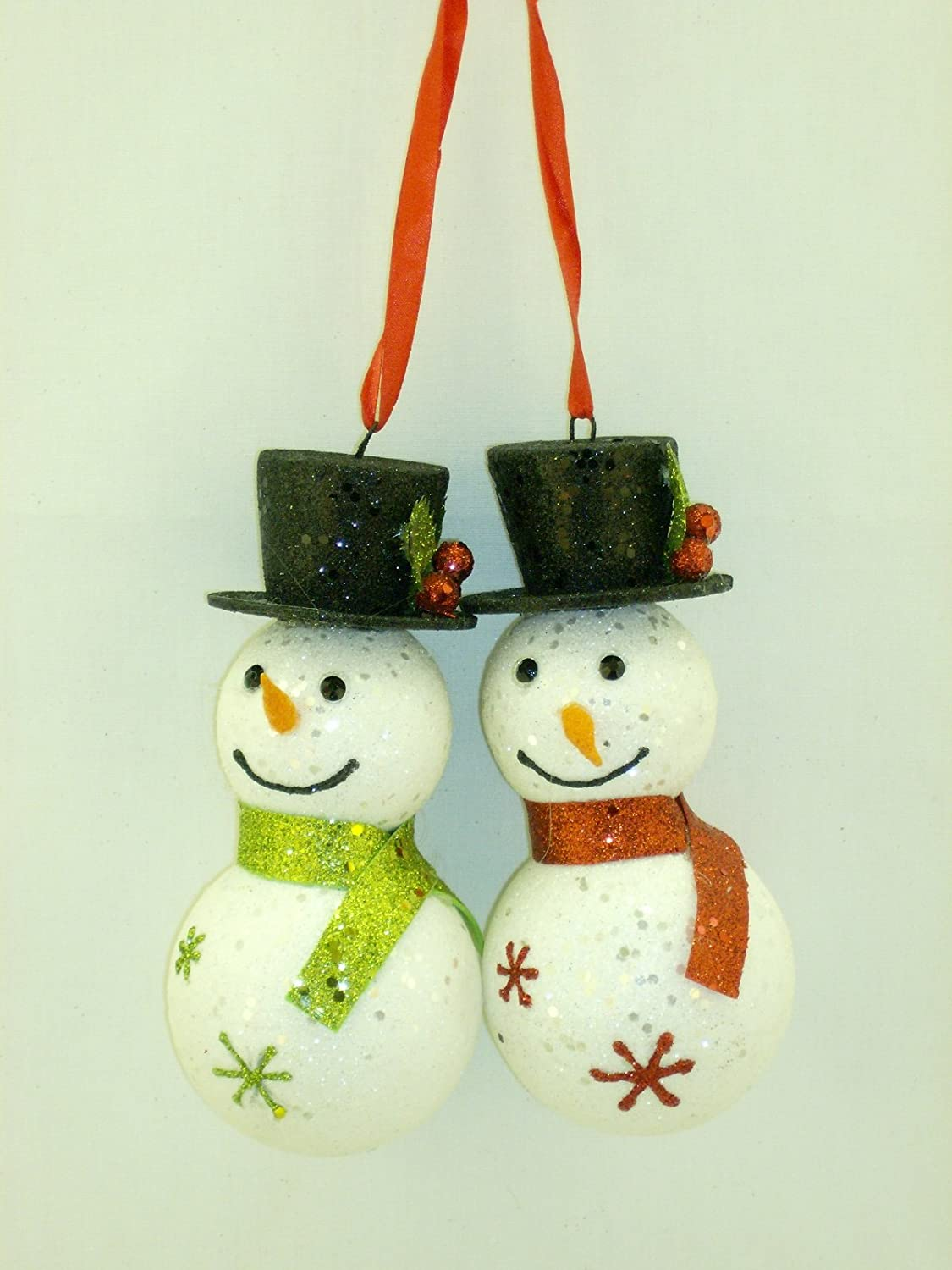 Christmas Happy Smiling Snowman Couple in Gift Box