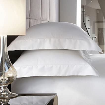 a595ad4029d Debenhams J By Jasper Conran White 600 Thread Count  Hotel Sicily  Oxford Pillow  Case Pair  J by Jasper Conran  Amazon.co.uk  Kitchen   Home