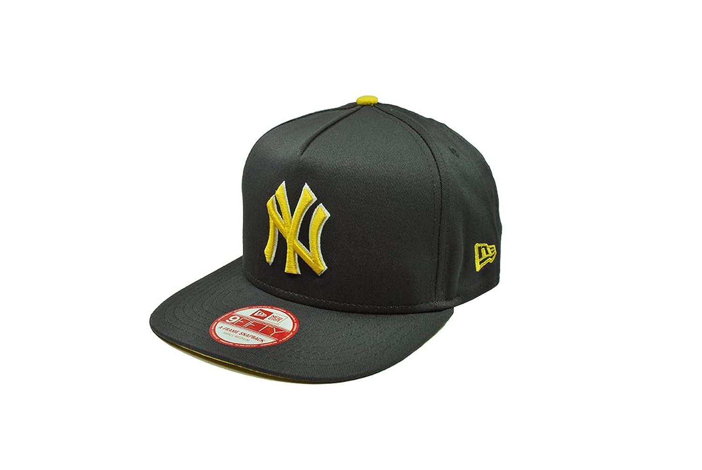 57b8472e90bf4 New Era 9Fifty Hat MLB New York Yankees Flip up Charcoal Gray Snapback Cap  (Small Medium) at Amazon Men s Clothing store