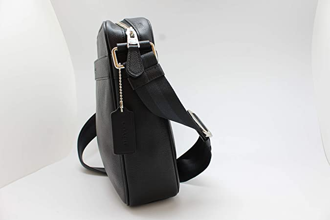 4bb26a58f015 Amazon.com  Coach Outlet Mens Crossbody Messenger Bag Black Leather F54782  BLK  Clothing