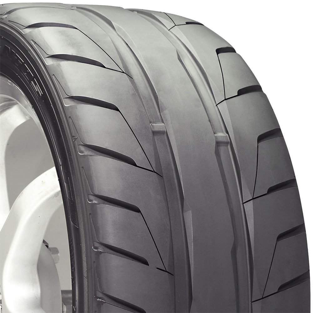 Nitto NT05 High Performance Tire 275//40R17  98Z