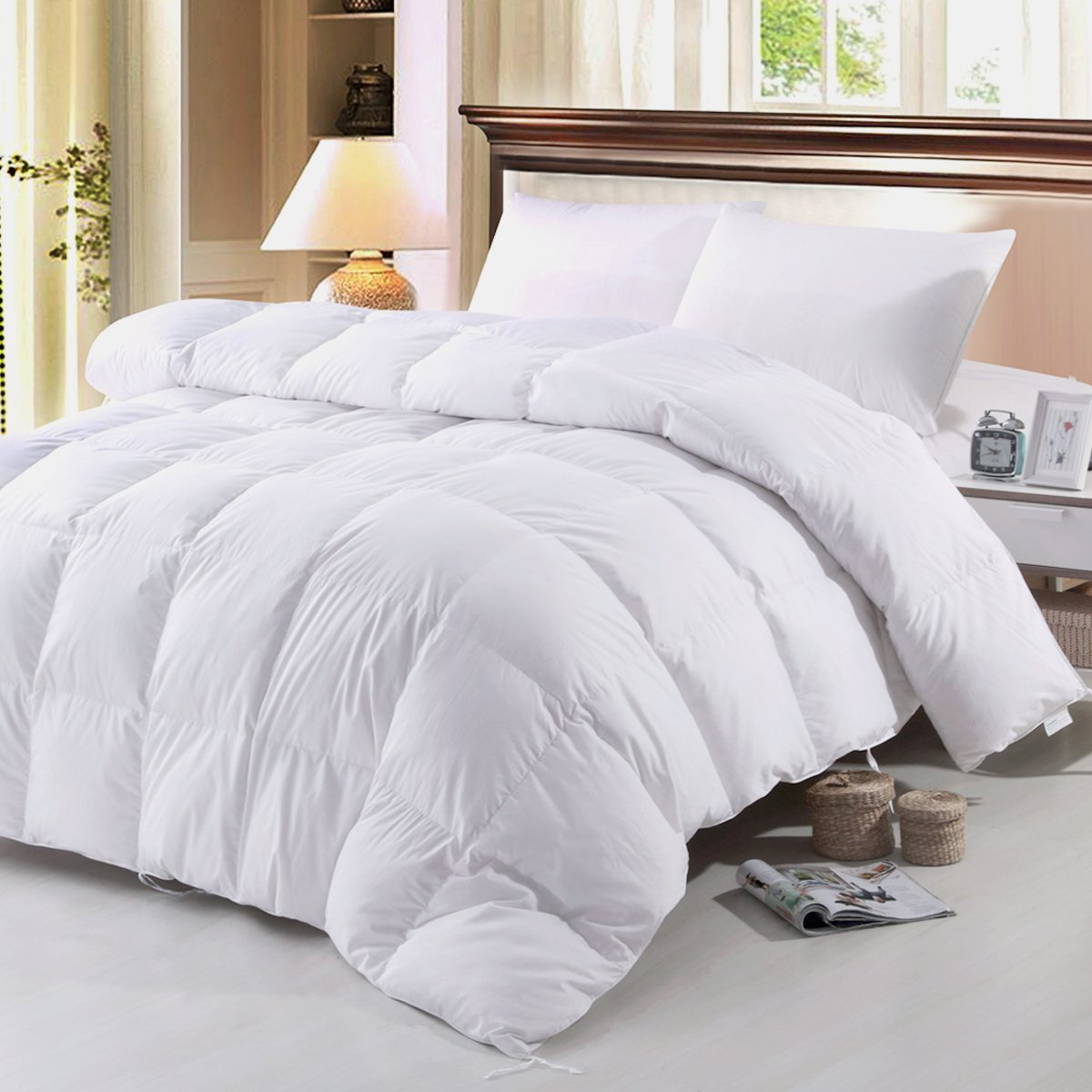 ZOOM LUAN GOOSE DOWN and FEATHER Comforter King Size White Bedding,Duvet Insert with Corner Ties-box stiched 100% Cotton Shell,All Season Down Comforter (King size 102-by-90 inch) by ZOOM LUAN