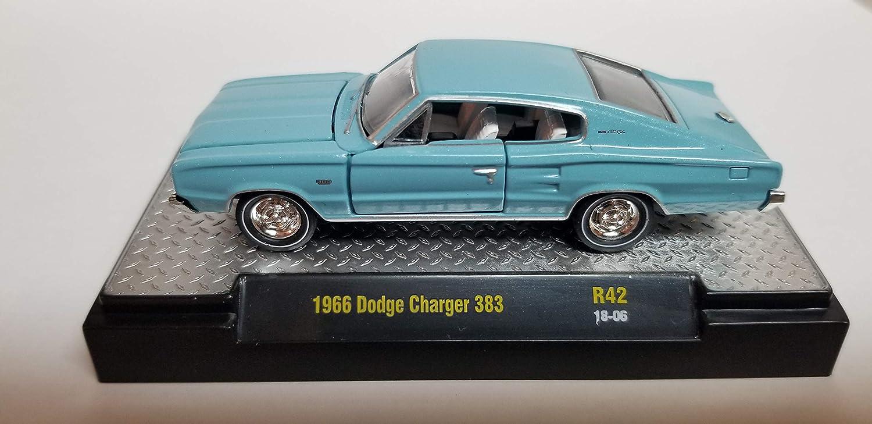 Amazon Com M2 Machines 1966 Dodge Charger 383 Toys Games