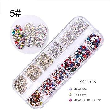 Una caja de pedrería mixta para uñas Diamante para uñas Diseño ...