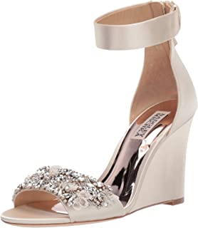 7ef52cdbbd8 Amazon.com: Badgley Mischka Women's Sarah Wedge Sandal: Shoes