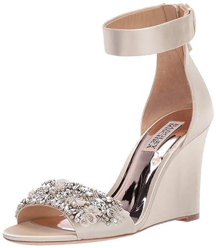 92ae038ae5b Amazon.com: Badgley Mischka Women's Lauren Wedge Sandal: Shoes