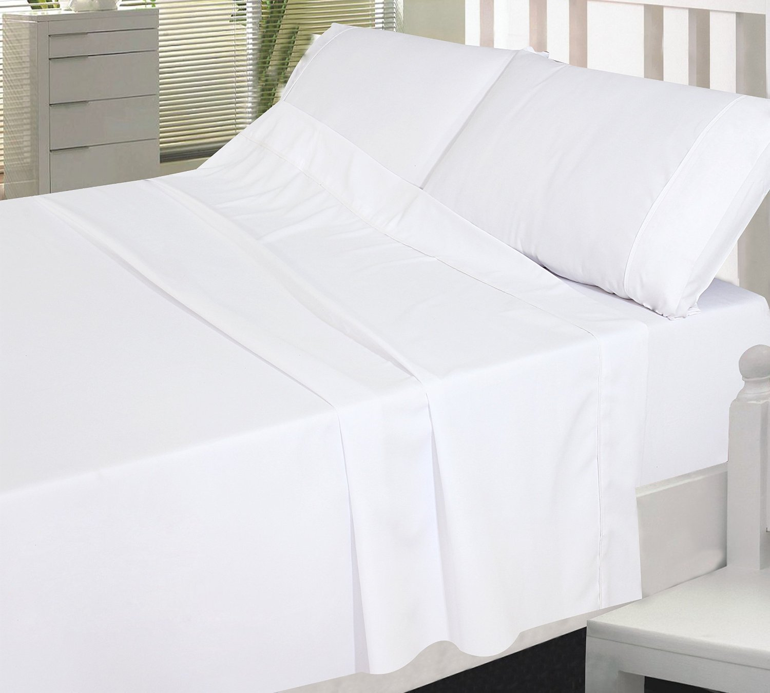 USA SHEETS Hotel Collection 4-PCs Bed Sheet Set Egyptian Cotton 600 Thread Count Sateen Solid 9'' Inches Deep Pocket (Queen Size, White)