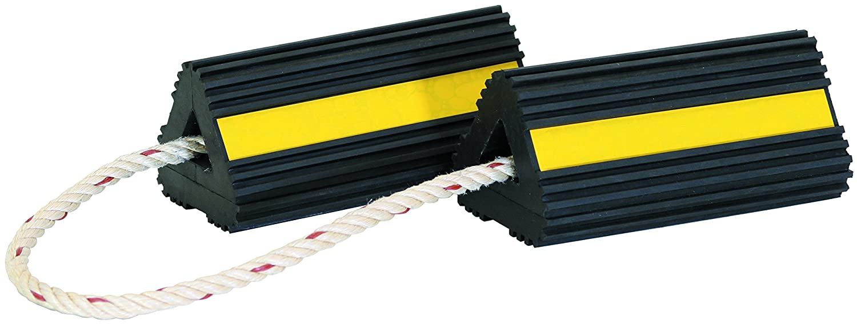 B0000AXBJU Buyers Products WC24483 Rubber Wheel Chock Set 71BwU7uoINL