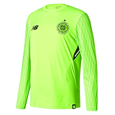 c78d5eaa7 Celtic Home Goalkeeper Shirt 2017-18 - Long Sleeve - Kids  Amazon.co ...