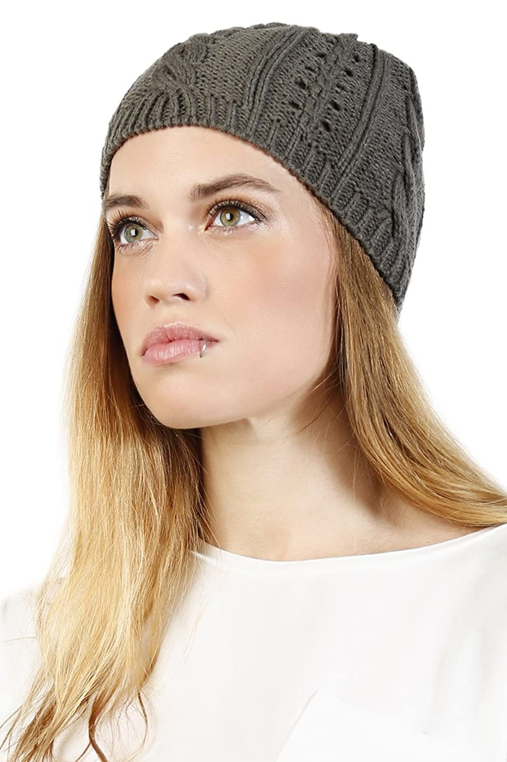 Essential Cable Knit Beanie
