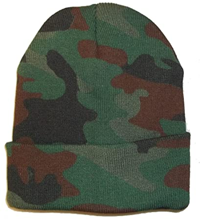 70a70698640 Amazon.com  Woodland Camo Camoflauge Beanie Hat Hunting Warm Winter Green  Brown Skull Cap  Sports   Outdoors