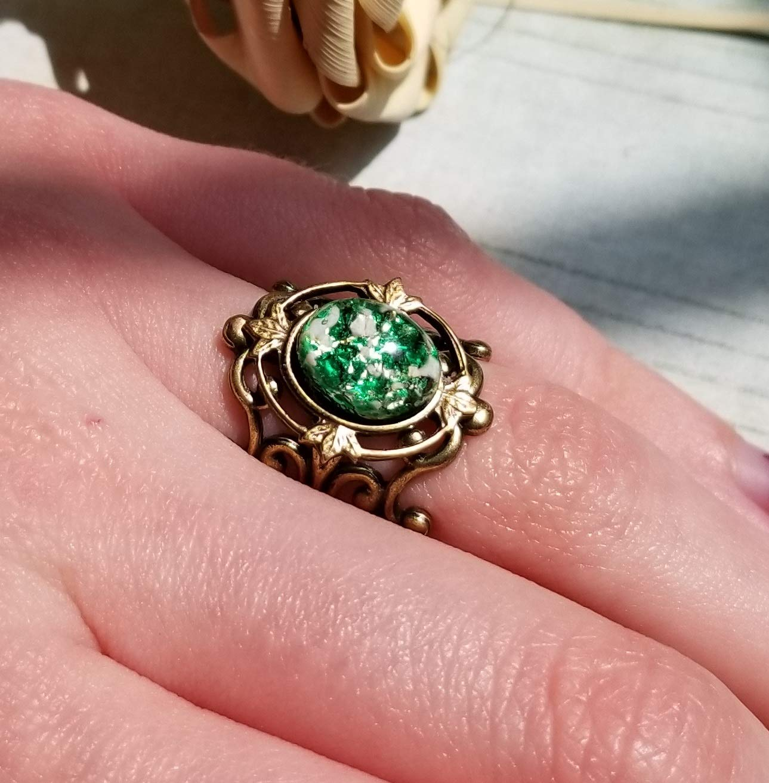 glass antiqued golden ZIA setting Antiqued golden filigree ring base. Green fire opal ring 10x8 mm