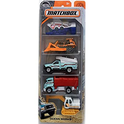 Matchbox 2020 Ocean Works 1:64 Scale 5-Pack: Toys & Games